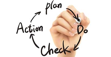 サービスローンチまでの監査業務、最適化に向けたプログラミング更新