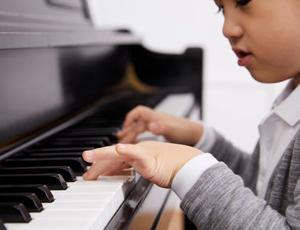 音楽の楽しさを広めるお手伝いをするお仕事です!